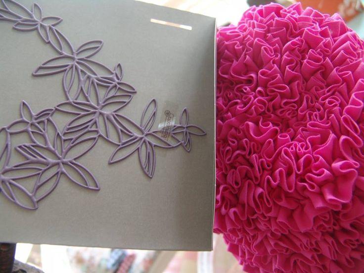 Tropical pinks for hawaian girls!! #alltimeclassic #musthave #girly #hawai #summertime #batucada