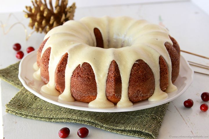 SO, naturally, Egg Nog Bundt Cake with Egg Nog Frosting can't be anything but fabulous!
