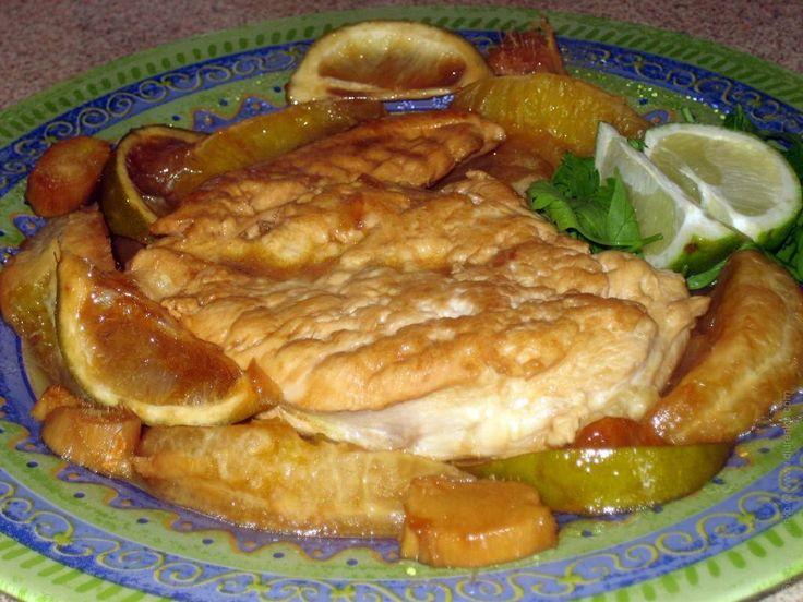 Основное применение имбиря — мясные блюда. Как, например курица с имбирем, апельсином и соевым соусом.