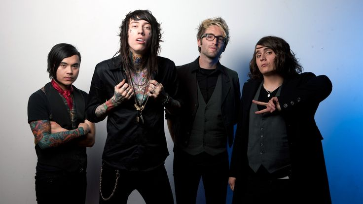 #MetroStation is an American pop rock band from Los Angeles, California by Trace Cyrus and Mason Musso. Watch them live at Jacksonville, FL at Jack Rabbits on September 5, 2017.