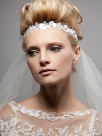 Sixties inspired Coquette Headband | Dee Dee Bridal | Handmade Vintage bridal veils, bridal headdresses & bridal accesssories Xx