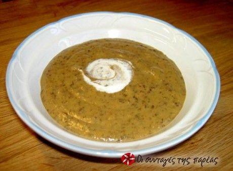 Πικάντικη σούπα βελουτέ με φακές