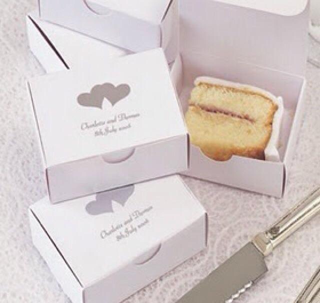 Caixinhas para os convidados levarem bolo para casa, ♥