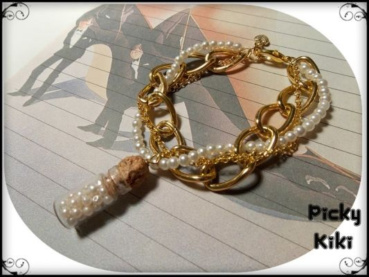 Pearl bottle | myartshop Βραχιολάκι με χρυσή faux αλυσιδα, πέρλες και μπουκαλάκι γεμάτο πέρλες.