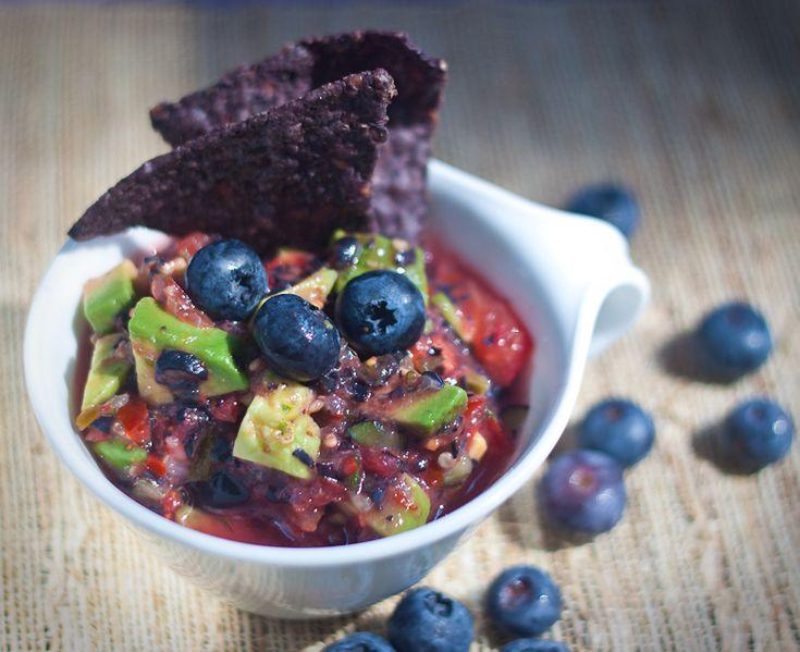 Blueberry Avocado Salsa.Blueberries Avocado, Avocado Salsa, Food, Dips Parties Time, Blueberries Salsa, Eating, Avocado Recipe, Fresh Blueberries, Avocado And Blueberries
