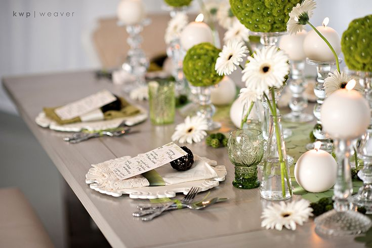 ... Inspiration  Green © @Kristen Weaver #modern #weddings #green Mehr