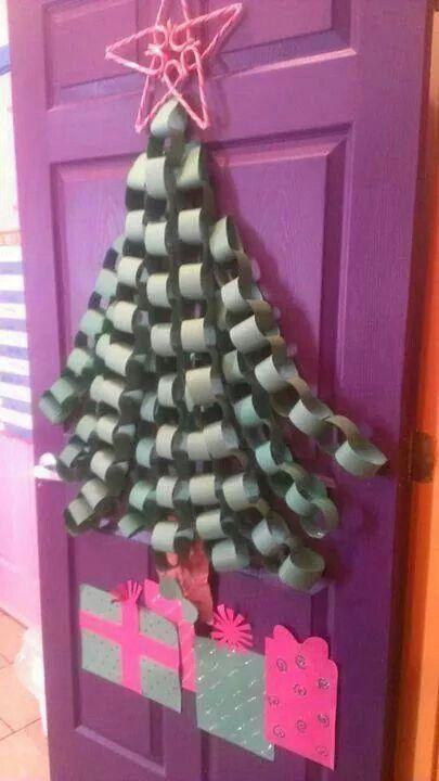 Paper chain Christmas tree