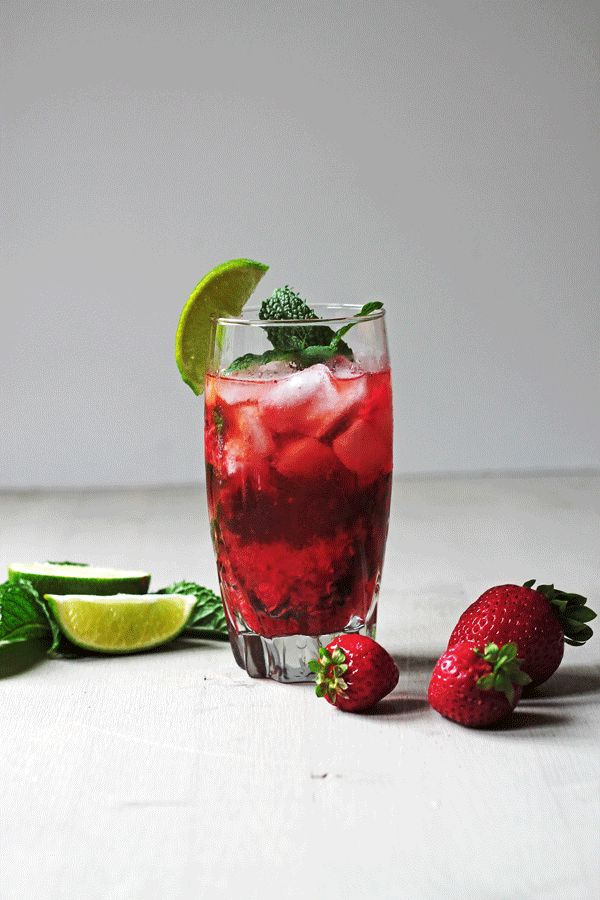 Strawberry Mojito | Cooks with Cocktails