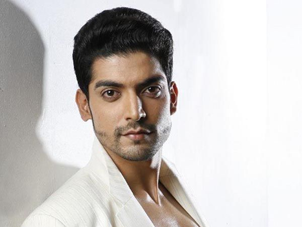 Uh Oh! Actor Gurmeet Choudhary gets robbed, loses valuables worth Rs 1.6 lakh