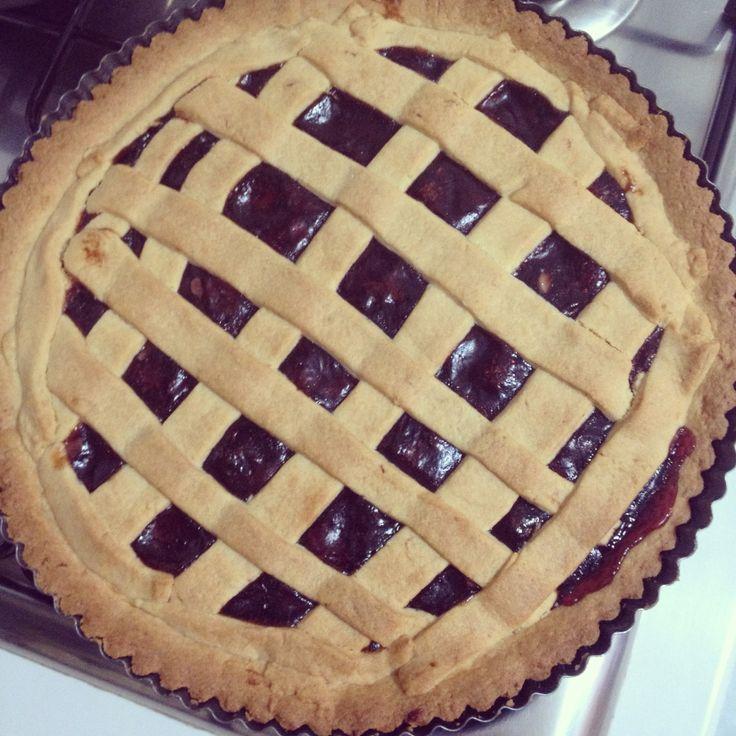 Crostata alla marmellata di frutti di bosco e scaglie di mandorle!  #crostata #food #recipe #sweet #foodlove