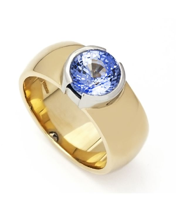 Beautiful 2.58ct natural ceylon sapphire, set in a half bezel style ring in a combination of platinum and gold. Availability 9ct/18ct Gold or Platinum combination Suits Any type/shape of gemstone Prices Start from £2000 Ring Shown £4500 Do You Like This Design? This bespoke piece was commissioned by a customer. If you would like to buy something similar please enquire about this product.