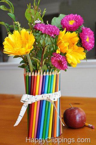 This would be a cute floral decoration for Parent Teacher Conferences