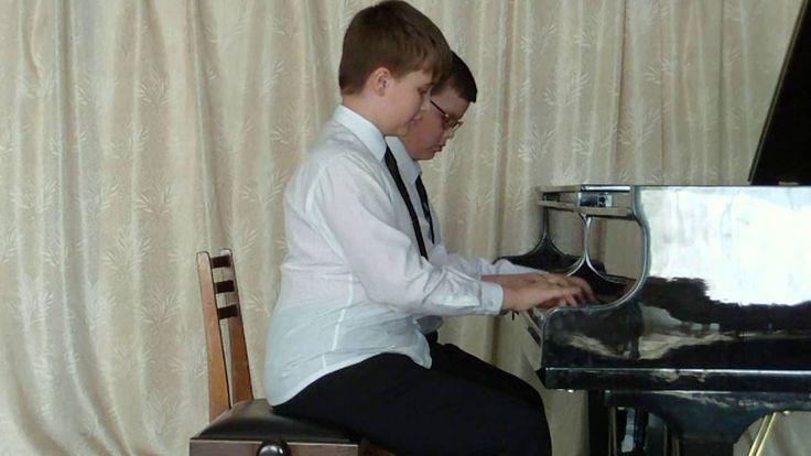 Игра на фортепиано. Музыка на пианино. Конкурс фортепиано для детей. Спо...