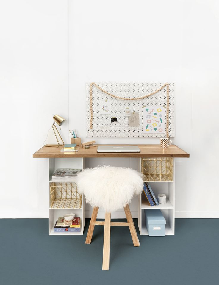The resident Scotsman, from TV3's The Block NZ joins the YH&G team to show us how to put a personal spin on budget-friendly finds. Here's a clever desk idea… Materials you will need 2 x bookcases;  2 x cans spray paint;  18mm plywood;  Click-in flooring;  Wood glue;  Timber surround;  Nails;  Clear varnish;  8 screws Tools …