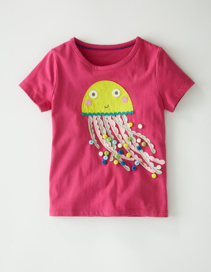 A sumptuous T-shirt with a generous helping of trims and sequins to give an exotic and luxurious effect - on well-made T-shirts which wear and wash brilliantly, of course. #Miniboden #Summer                                                                                                                                                                                 Mais