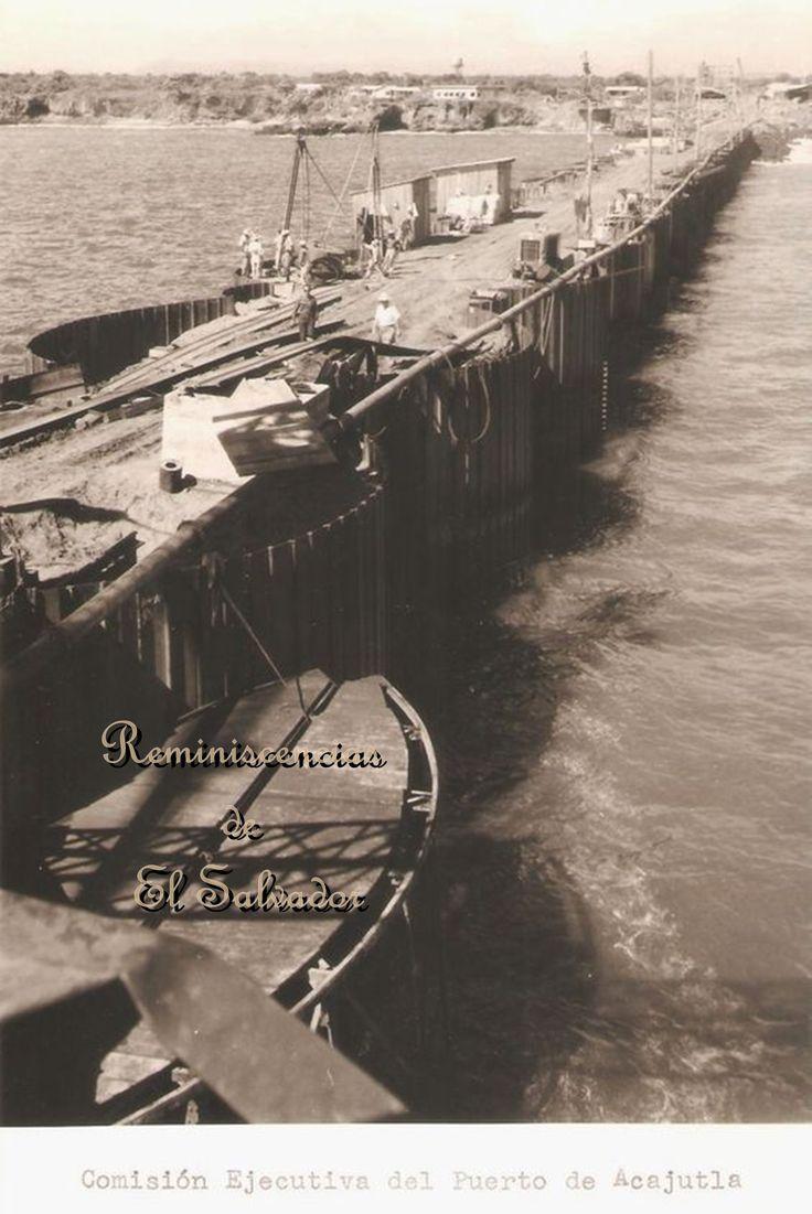 """Muelle de Acajutla , """"Comision Ejecutiva del Puerto de Acajutla"""" • El 28 de mayo de 1952, se creó la COMISIÓN EJECUTIVADEL PUERTO DE ACAJUTLA gracias al apoyo y participación del Gobierno de la República y de los diferentes sectores económicos del país."""