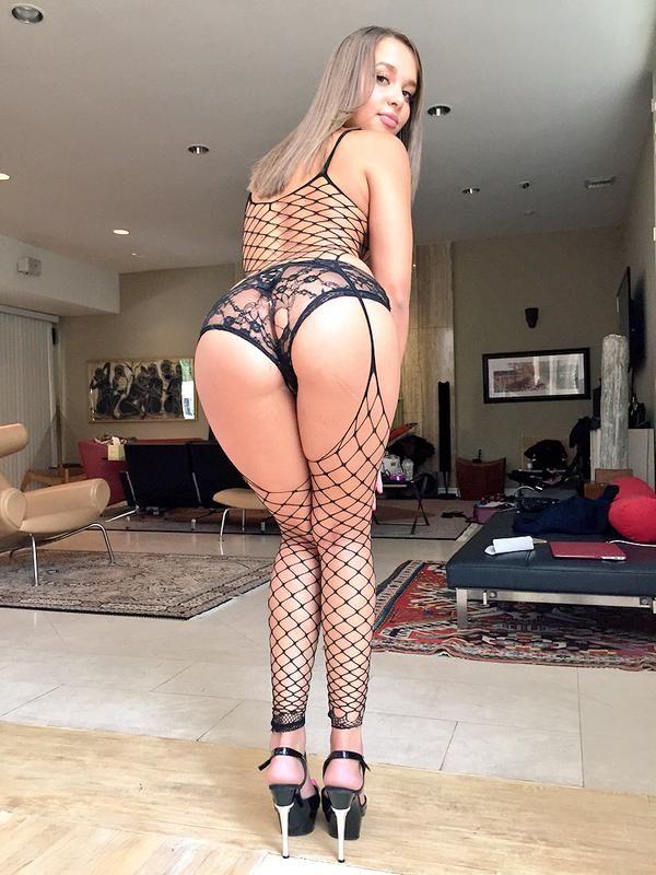 Liza Rowe  Pesquisa Google  Sexy in Lingerie in 2019