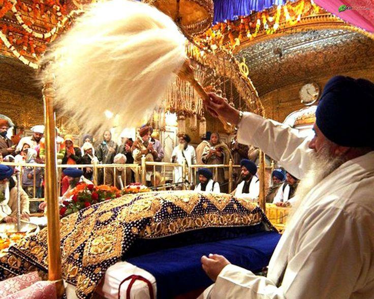 Sikh | sikh wallpaper, Hindu wallpaper, Sikh gurubani kirtan image, orange ...