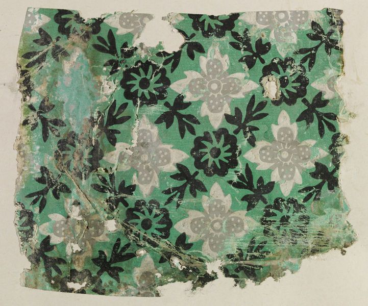 Fragment of wallpaper from Haseley Court, England, late 18th or early 19th century. l Victoria and Albert Museum
