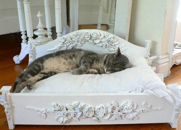 Queen Cat Kween Kittie You Pick Critter Corner