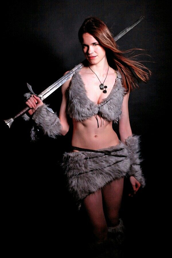 1000+ images about WOMEN WARRIORS COSPLAY on Pinterest | Athletic ...: https://www.pinterest.com/COSPINNER/women-warriors-cosplay/