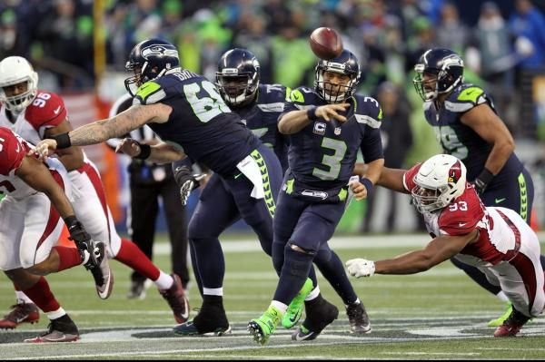 By Curtis Crabtree, The Sports Xchange RENTON, Wash. -- Seattle Seahawks quarterback Russell Wilson played without a brace on his knee last…