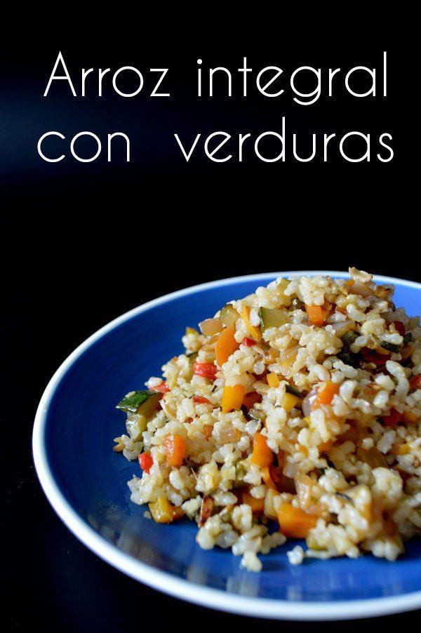 esta receta de arroz integral con verduras es una forma deliciosa y sana de comer verduras, y ademas te la puedes llevar al trabajo