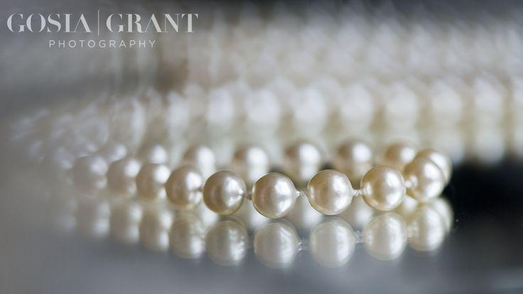 Wedding pearls. Wedding detail. Reflexions. @GosiaGrantPhotography