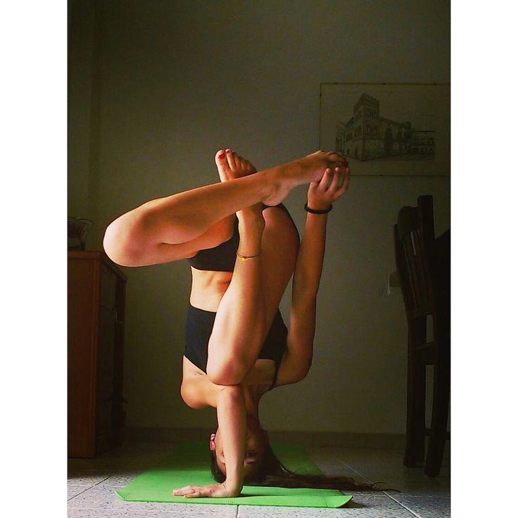 tripod headstand variation #yoga