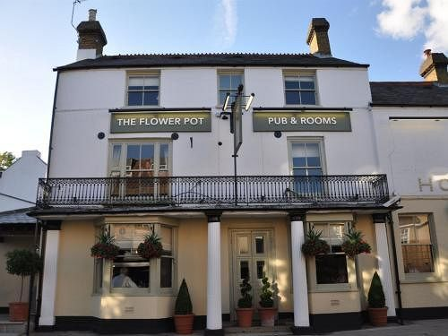 The Flower Pot Hotel, Sunbury on Thames. Rates from GBP89.
