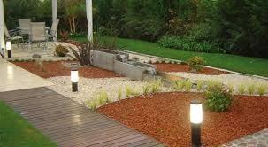 1000 images about jardines con piedras decorativas on for Disenos de jardines con piedras decorativas