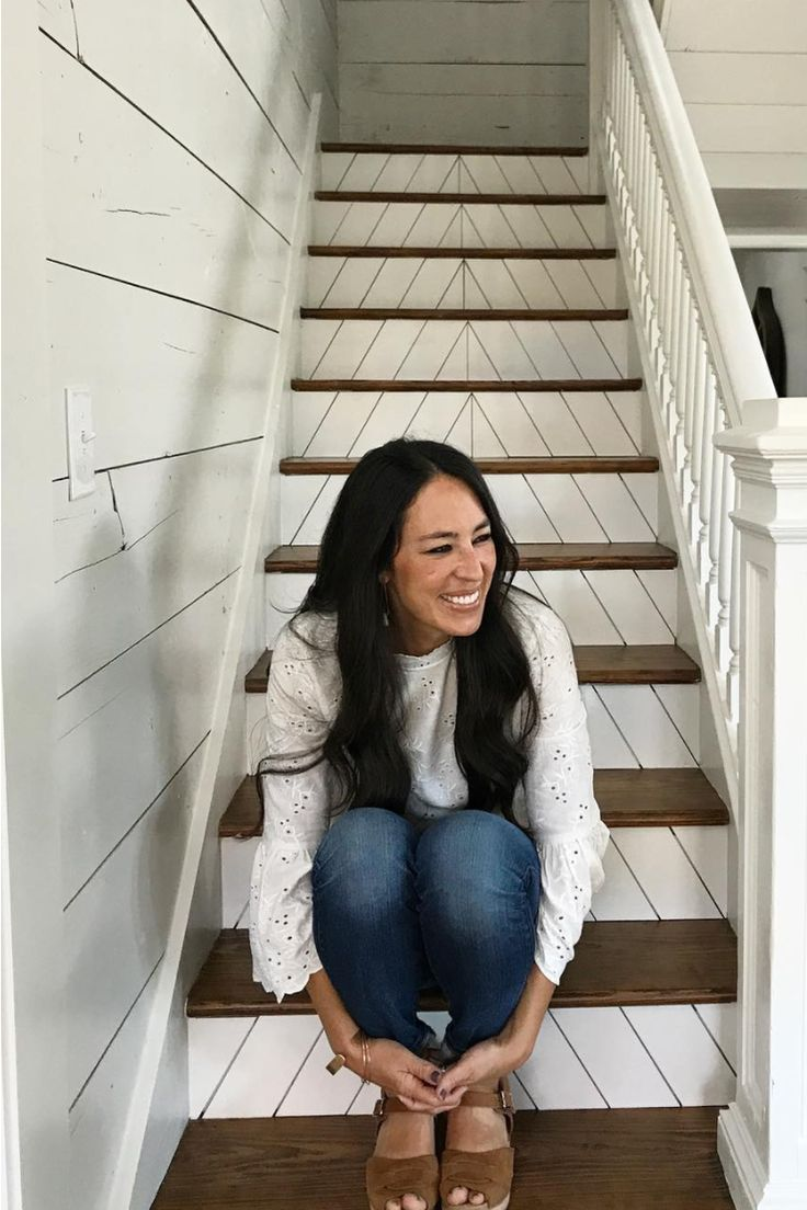 fixer upper is ending what to expect from chip and joanna 39 s final season. Black Bedroom Furniture Sets. Home Design Ideas