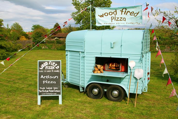 Wood Fired Pizza Oven in a Horsebox