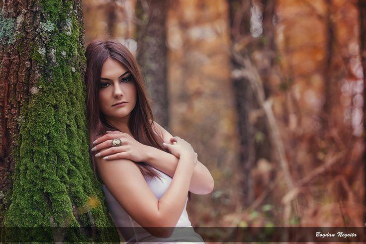 Laura by Bogdan Negoita on 500px