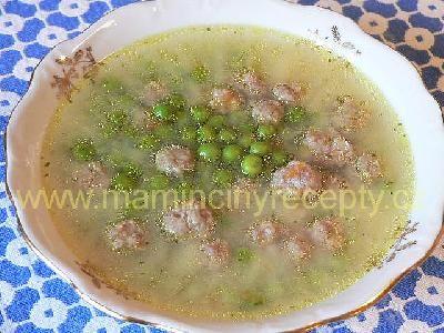 Polévka s masovými knedlíčky