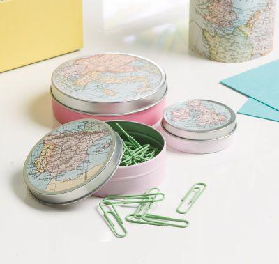 Accessoires de bureau aux motifs de cartes géographiques Martha Stewart Crafts