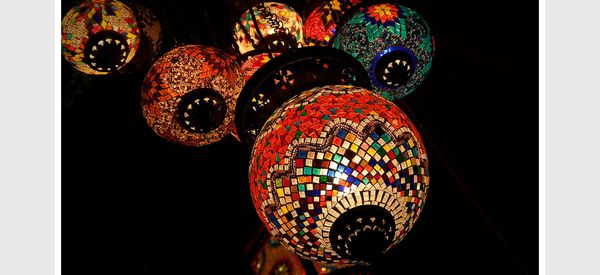 Moroccan Lighting: Exotic Home Style Decorating Guide, Ideas and DIY Projects