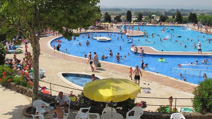 Eurocamp Estartit, castell montgri, campsite, costa brava, swimming pool