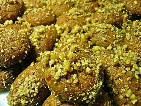 Πολίτικη Κουζίνα Αλίντα Κανάκη: Πολίτικα μελομακάρονα
