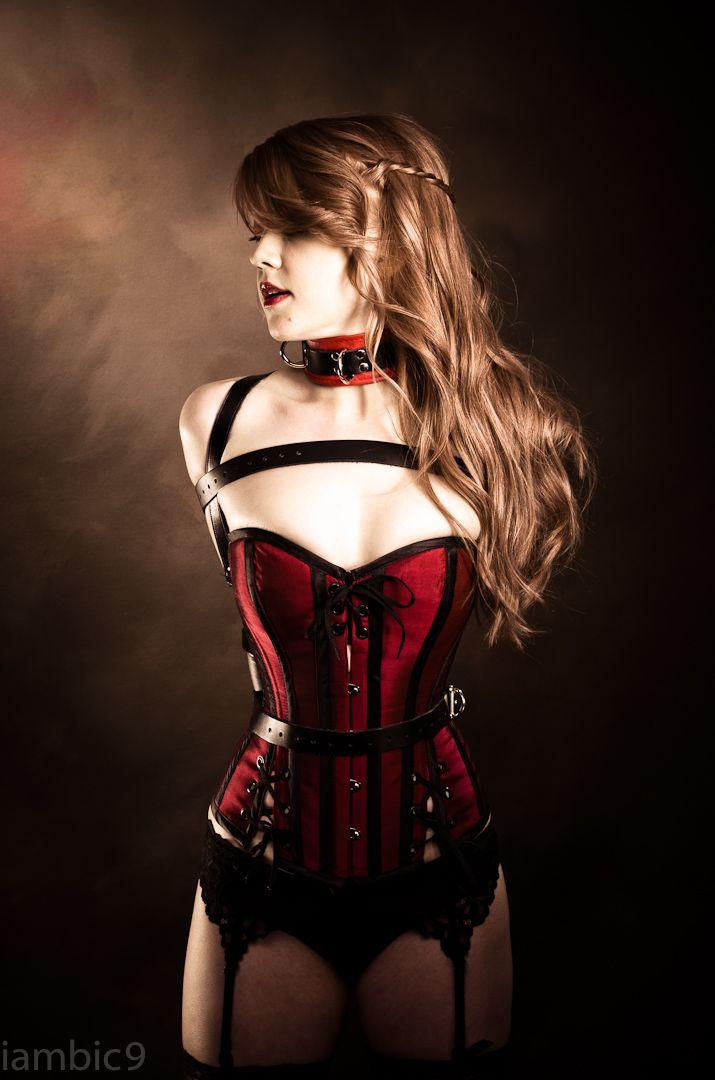 Vilaines femmes en corsets
