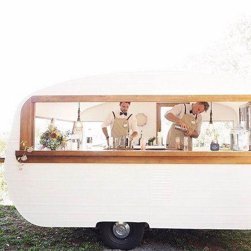 Caravan bar, vague friends, and have a happy weekend!