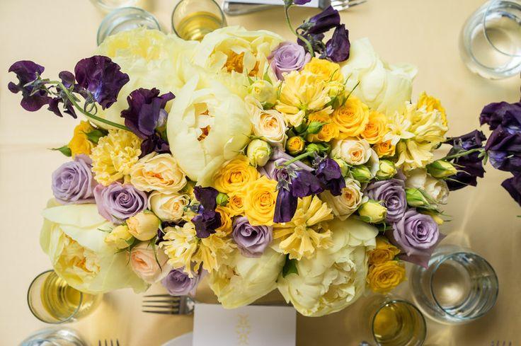 Flower Arranging Ideas: Floral Pops of Color