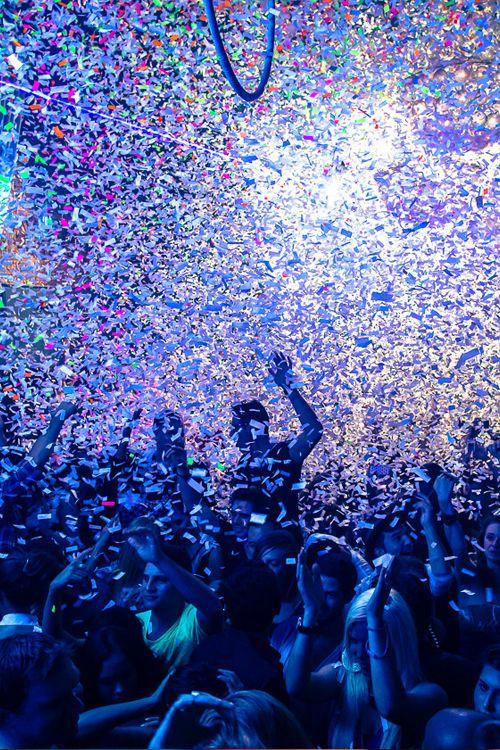 life's one big party, live a little. #lifeincolor #thissatursday