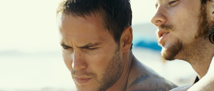 Taylor Kitsch (Chon) and Aaron Johnson (Ben) in Savages (2012) (2012)
