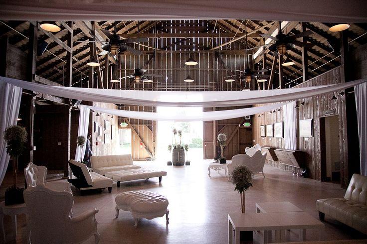 lounge furniture, barn wedding, Camarillo Ranch, www.partypleasers.com