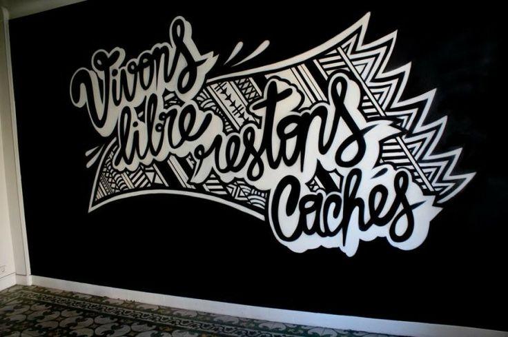 Franck Pellegrinno est un artiste que l'on qualifierait volontiers de stakhanoviste tant sa créativité semble  ne jamais cesser de s'exprimer quelle que soit le support ou le format qu'il utilise dans son travail. #graffiti #graphisme #illustration #streetart #typographie #lyon http://www.wegotalent.com/artiste/franck-pellegrino
