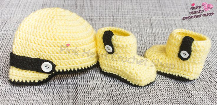https://flic.kr/p/NKWh6D | Cute Baby booties and Cap Set | This beautiful baby set is Made only for your little sweet baby or as a gift for you lovely ones,,  you can customise the colour and accessorise or write your baby initials **  please visit my Etsy shop  page for more informations  www.etsy.com/ca/shop/PinkHeartCrochetShoP?ref=hdr_shop_menu