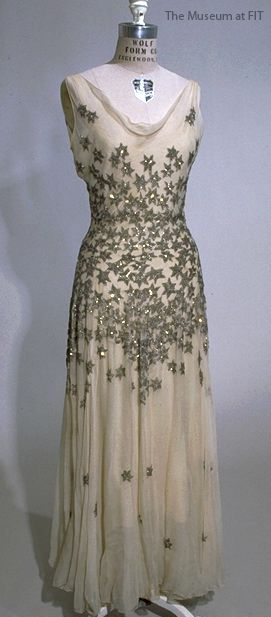 Vintage ★ Dress 1926 - by Mary Liotta - Bias cut ivory silk chiffon - Collection of The Museum at FIT