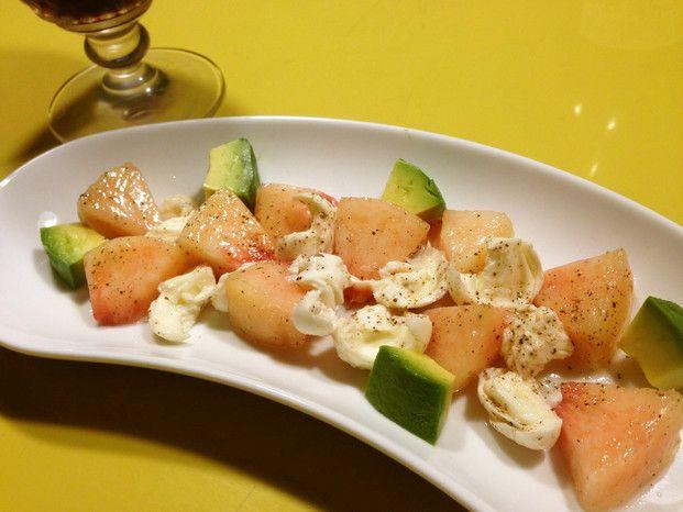 あの感動を再び!今年の桃モッツァレラはアレンジで楽しむ♡  -  Locari(ロカリ)