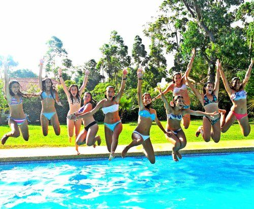 so want to do this one day with a buncha friends(: maybe for a moving party as a little get together?